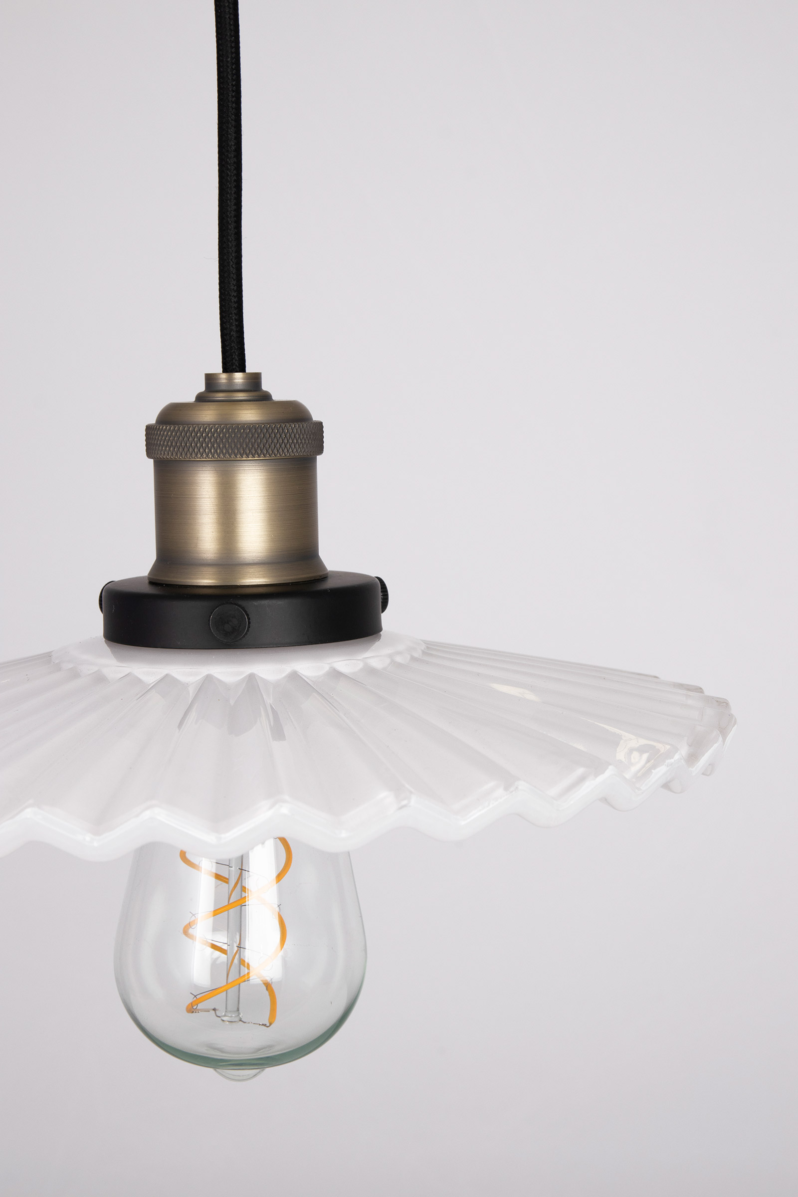 Pendant Cobbler 25, Cobbler is a small pendant in cobbler style inspired by the turn of the century. It has a pleated white glass shade and metal